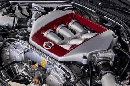 2012 Nissan GT-R ( R35 ) track pack - UK version 9