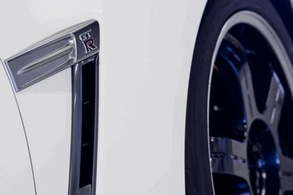 2012 Nissan GT-R ( R35 ) track pack - UK version 10
