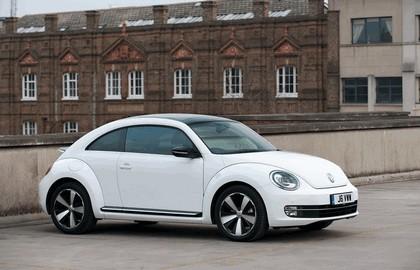 2011 Volkswagen Beetle - UK version 16