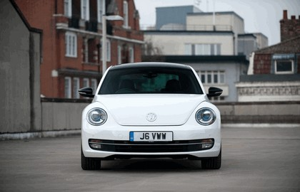 2011 Volkswagen Beetle - UK version 17