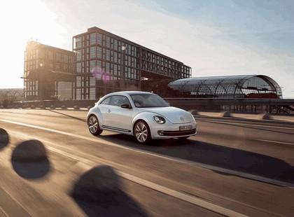 2011 Volkswagen Beetle - UK version 29