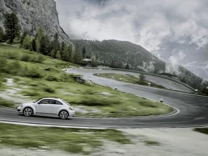 2011 Volkswagen Beetle - UK version 38