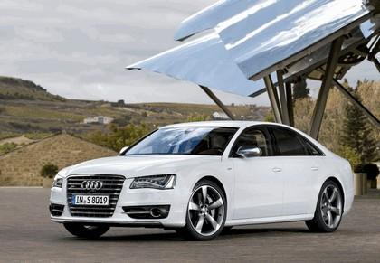 2012 Audi S8 1