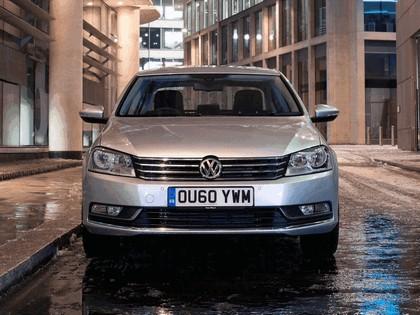 2010 Volkswagen Passat - UK version 5