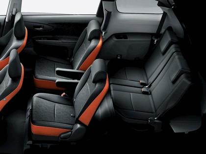 2012 Toyota Wish 2.0Z 5