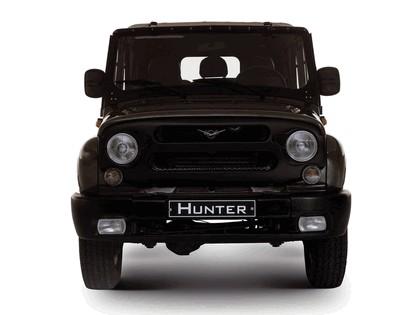 2003 UAZ 315195 Hunter 19