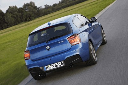 2012 BMW M135i ( F20 ) 3-door 42