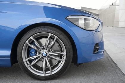 2012 BMW M135i ( F20 ) 3-door 124