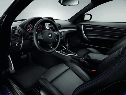 2012 BMW 135is ( E82 ) convertible - USA version 4