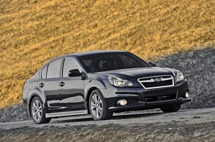 2013 Subaru Legacy sedan 1