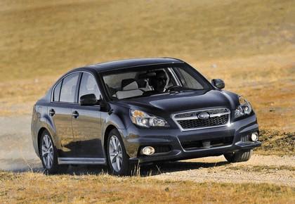 2013 Subaru Legacy sedan 2