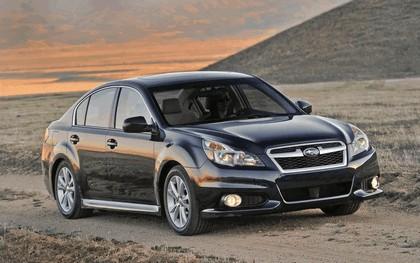 2013 Subaru Legacy sedan 9