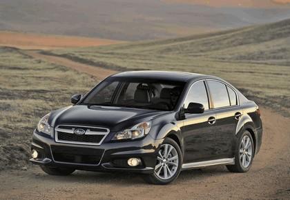 2013 Subaru Legacy sedan 10