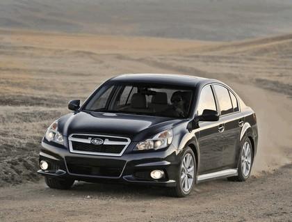 2013 Subaru Legacy sedan 11