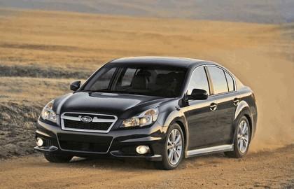 2013 Subaru Legacy sedan 12
