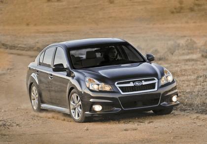2013 Subaru Legacy sedan 13