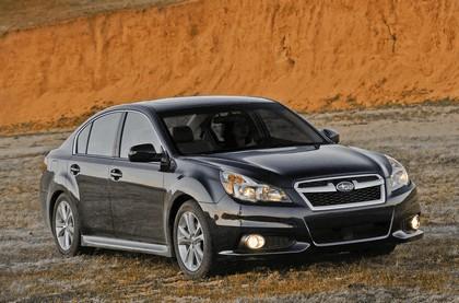 2013 Subaru Legacy sedan 16