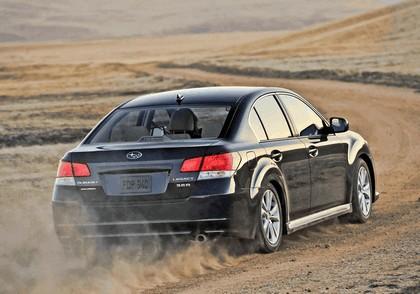 2013 Subaru Legacy sedan 17