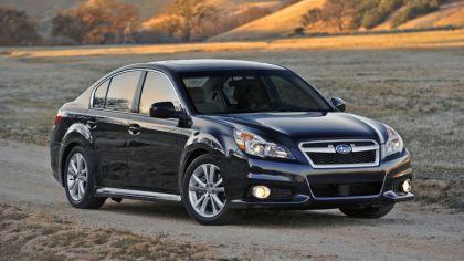 2013 Subaru Legacy sedan 6