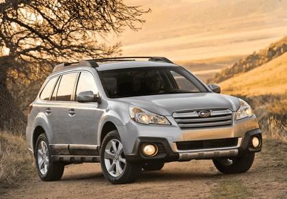 2013 Subaru Outback 12