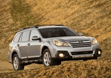 2013 Subaru Outback 13