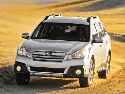 2013 Subaru Outback 15