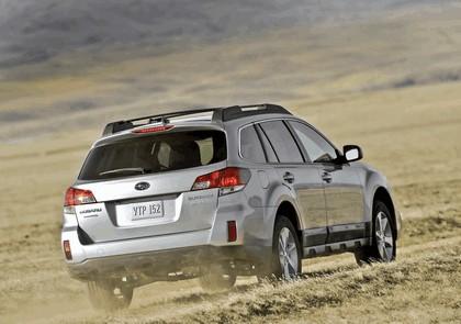 2013 Subaru Outback 24
