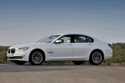 2012 BMW 750d ( F01 ) 1
