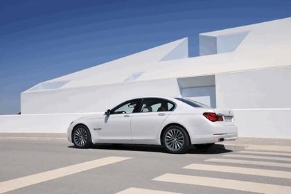 2012 BMW 750d ( F01 ) 11