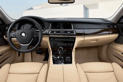 2012 BMW 750d ( F01 ) 22