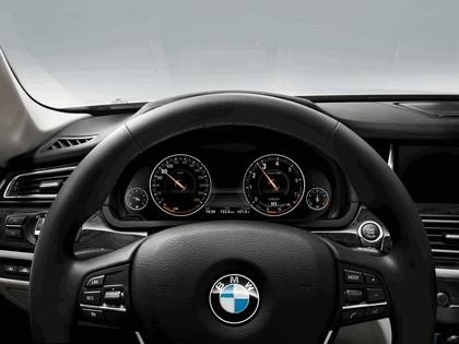 2012 BMW 750d ( F01 ) 33