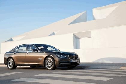 2012 BMW 750Li ( F01 ) 4