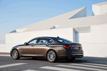 2012 BMW 750Li ( F01 ) 5
