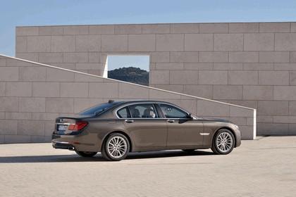 2012 BMW 750Li ( F01 ) 10
