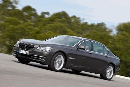 2012 BMW 750Li ( F01 ) 17