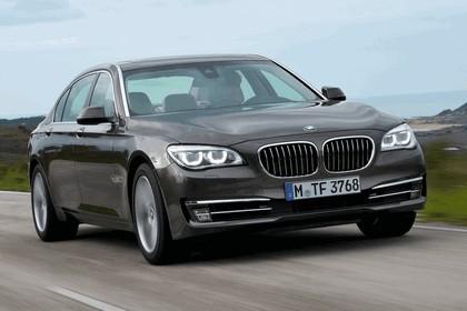 2012 BMW 750Li ( F01 ) 22