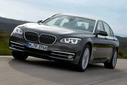 2012 BMW 750Li ( F01 ) 23