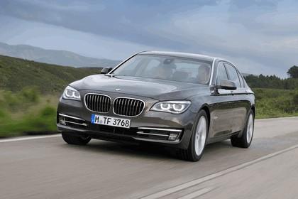 2012 BMW 750Li ( F01 ) 24