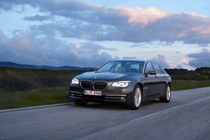 2012 BMW 750Li ( F01 ) 25