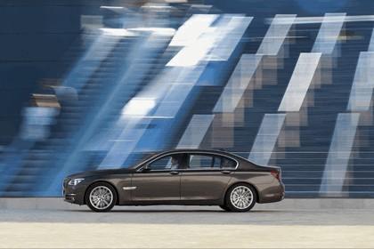 2012 BMW 750Li ( F01 ) 28