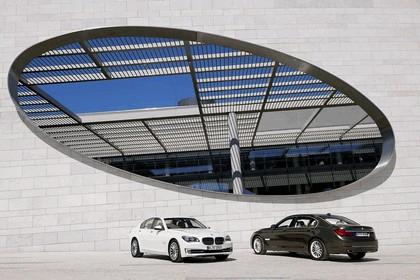 2012 BMW 750Li ( F01 ) 30