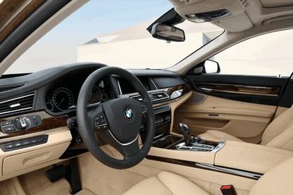 2012 BMW 750Li ( F01 ) 50