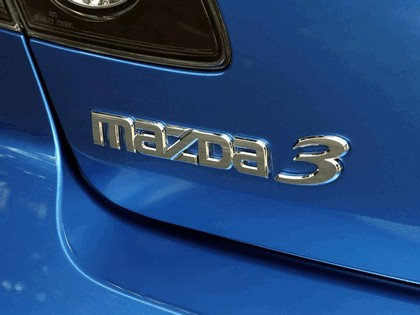 2006 Mazda 3 5-door 11