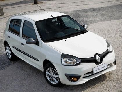 2012 Renault Clio Mercosur 10