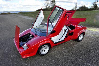 1986 Lamborghini Countach 5000 Quattrovalvole 9