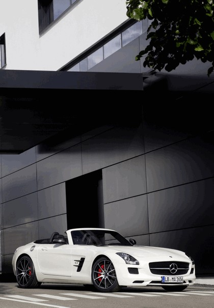 2012 Mercedes-Benz SLS 63 AMG GT roadster 5