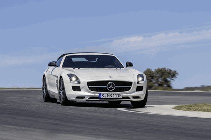 2012 Mercedes-Benz SLS 63 AMG GT roadster 13