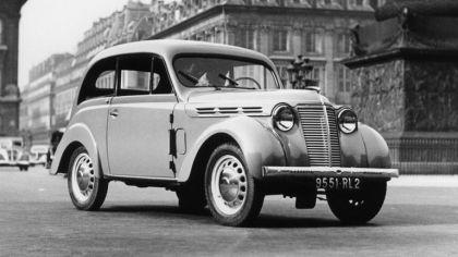 1937 Renault Juvaquatre coupé 8