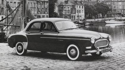1958 Renault Fregate 2