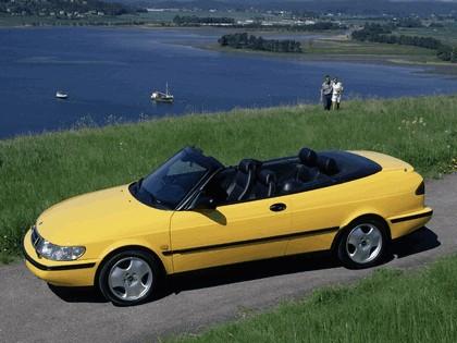1988 Saab 900 SE convertible 7